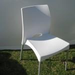 כיסא ונוס לבן