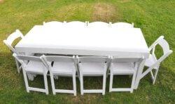 """שולחן אבירים לבן 200 ס""""מ על 80 ס""""מ"""